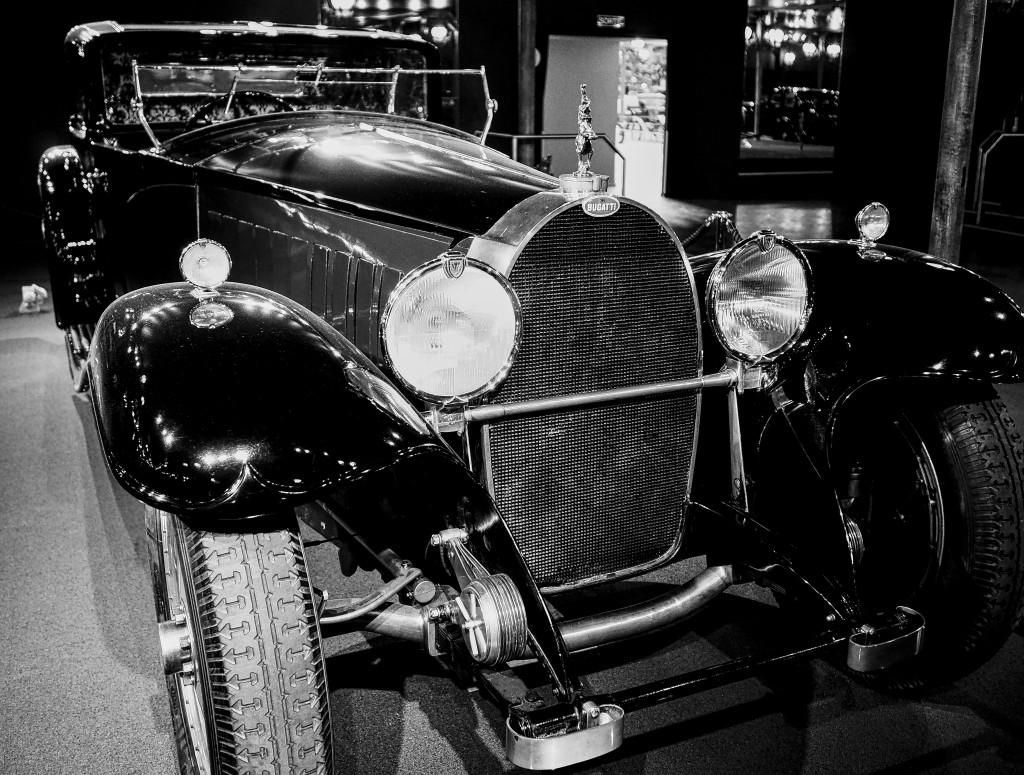 Olympus PEN F meets Bugatti
